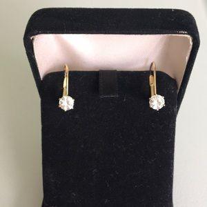 Jewelry - 🔴Gold tone Earrings🎈